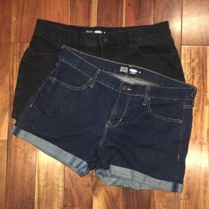 2-Pack Old Navy Mid-Rise Shorts